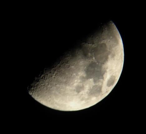 moon-mar4-010b