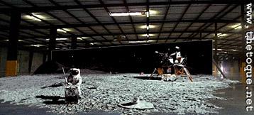 Afbeeldingsresultaat voor fake moon landing