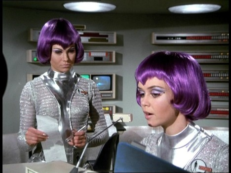 shado-ufo-girls-moonbase-10