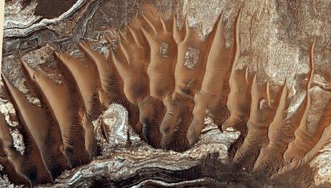 noctis dunes1b