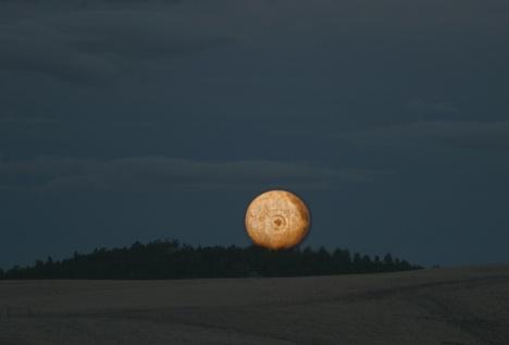moonrise102704s