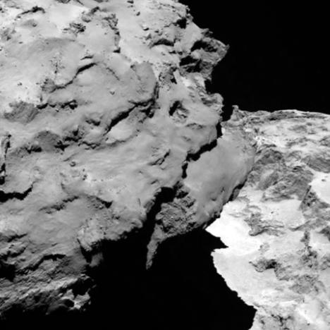 Comet_close_up