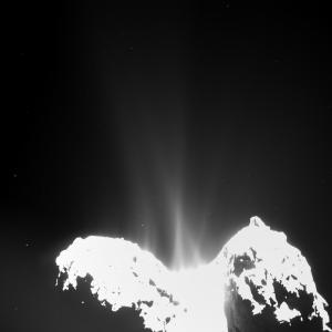 Comet_activity_10_September_2014