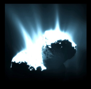 Comet_activity_22_November_2014bb