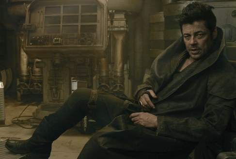 star-wars-the-last-jedi-benicio-del-toro-social